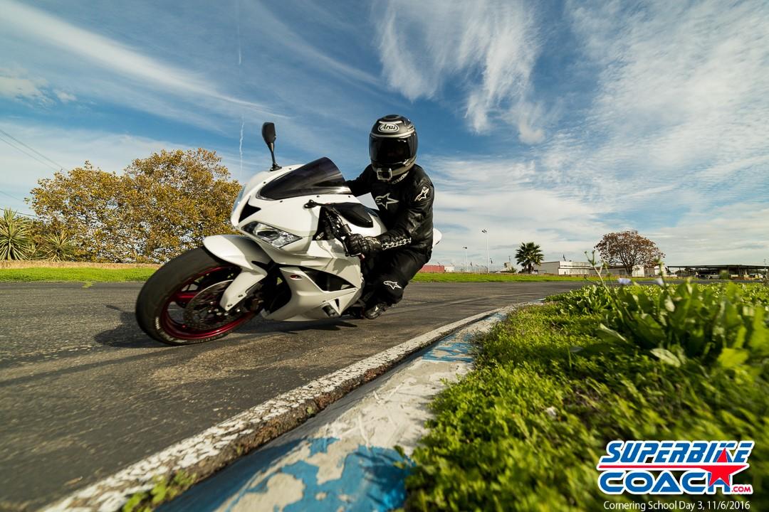 www-superbike-coach-com_1601